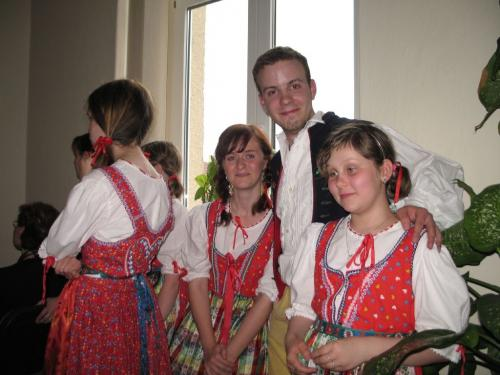 společný koncert sMeteláčkem p.uč. K. Křemenák, Alena aLucie březen 2008