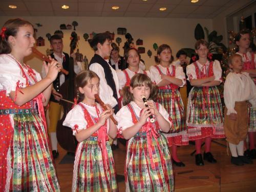 první vystoupení vánoční koncert vZUŠ prosinec 2006