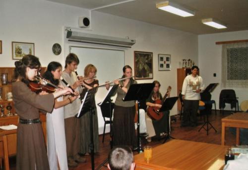 60 let ZUŠ - Dobřany Společný koncert sPoitínem, listopad 2008